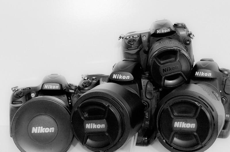 Lustrzanki firmy Nikon