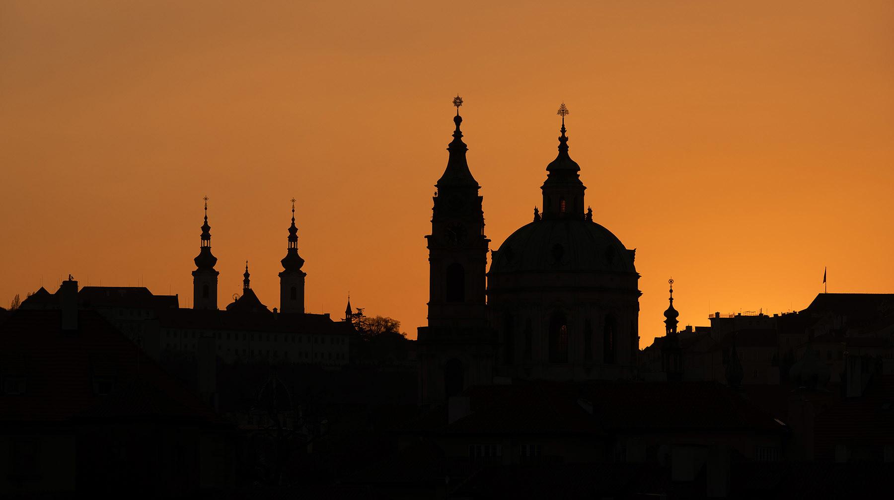 Zachód słońca w czeskiej Pradze